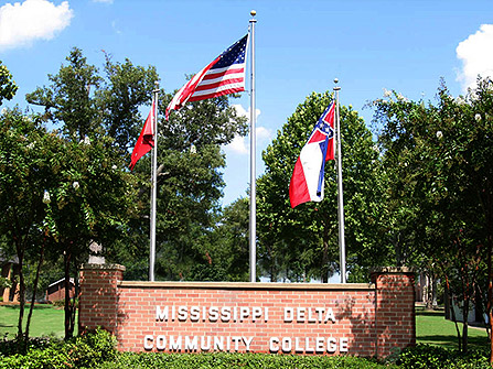 Mississippi Delta Community College, New Administration Building